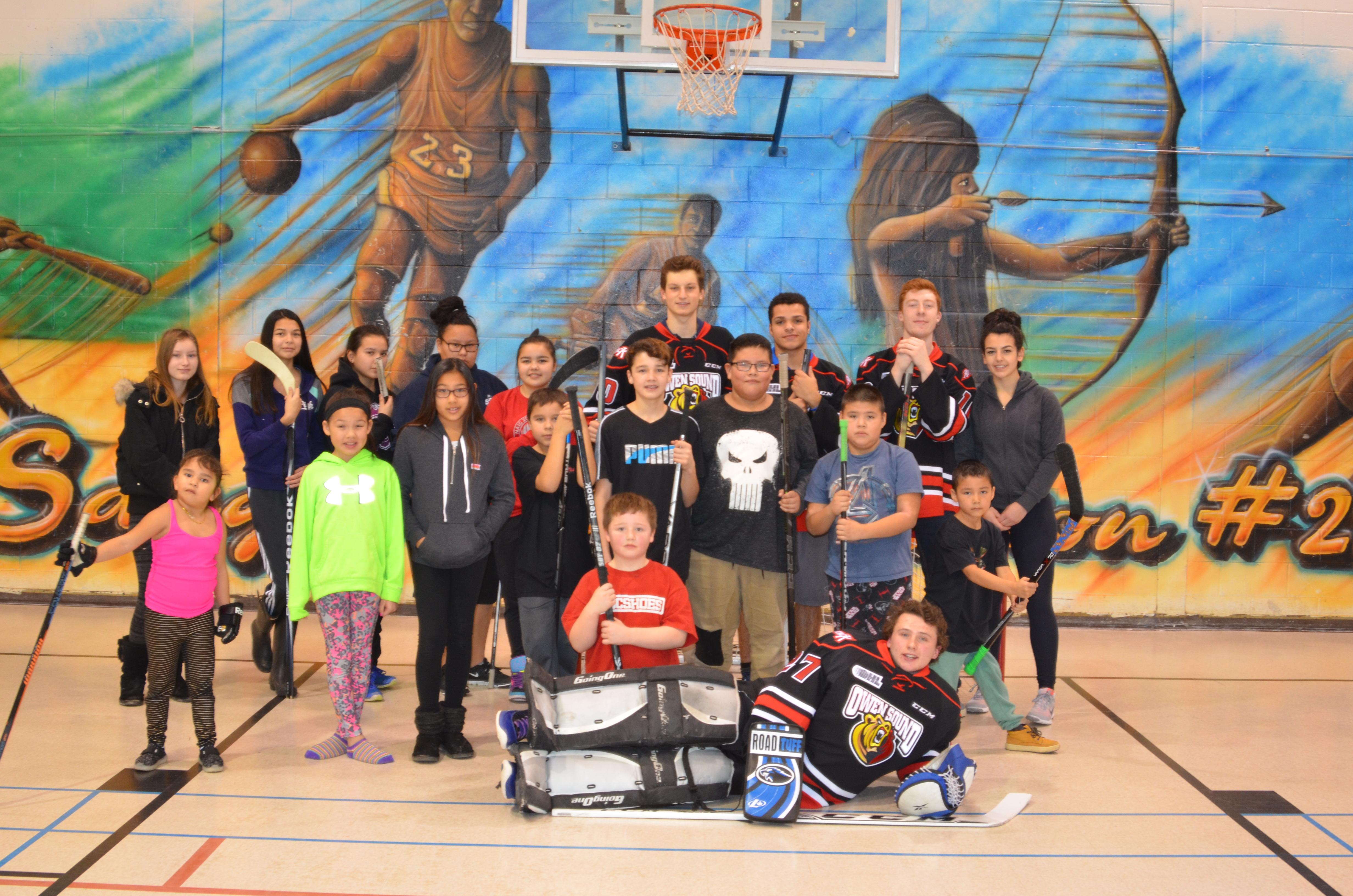 Owen Sound Attack play floor hockey with Indigenous youth
