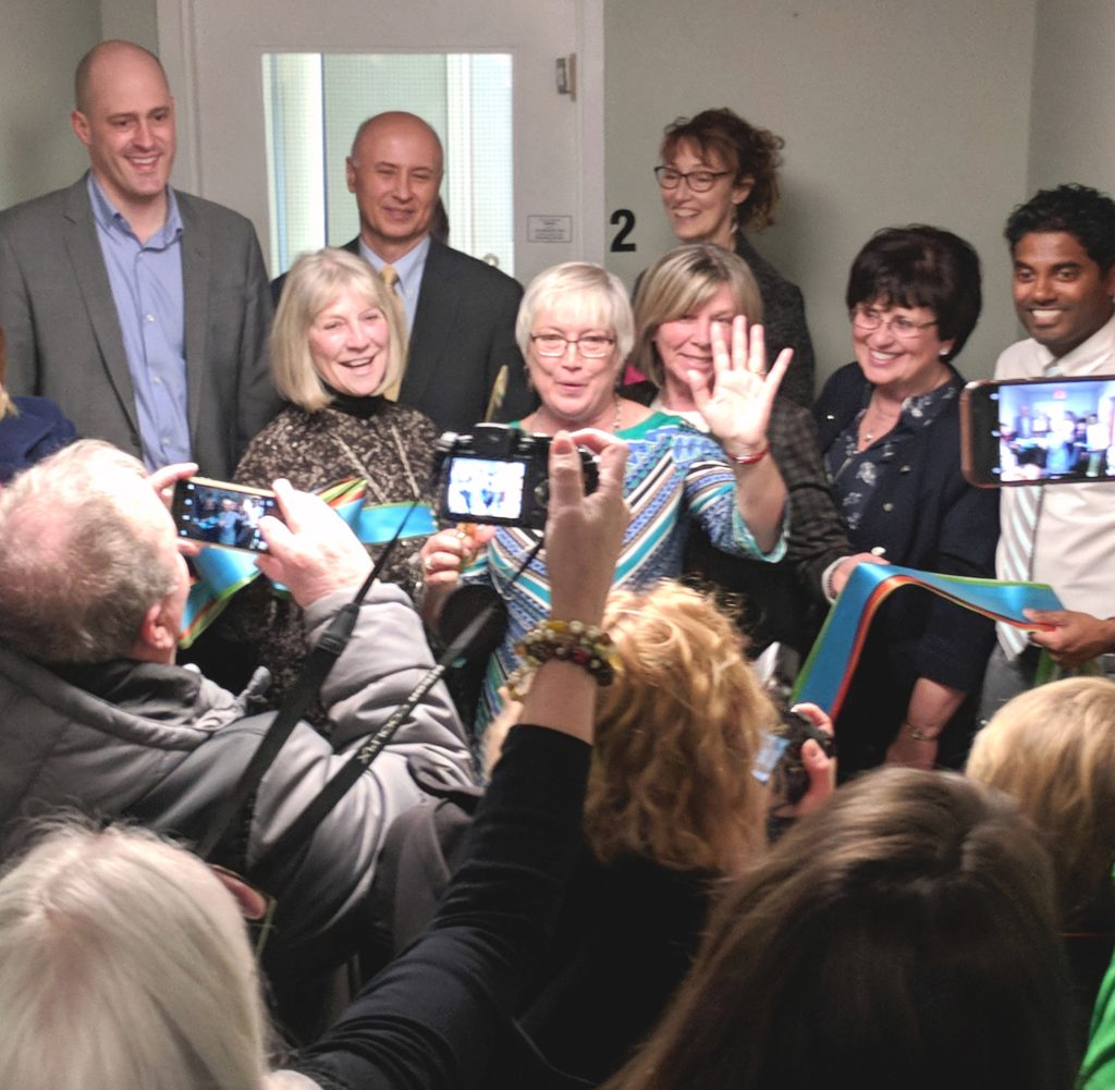 Dignitaries open Huron Shores Hospice